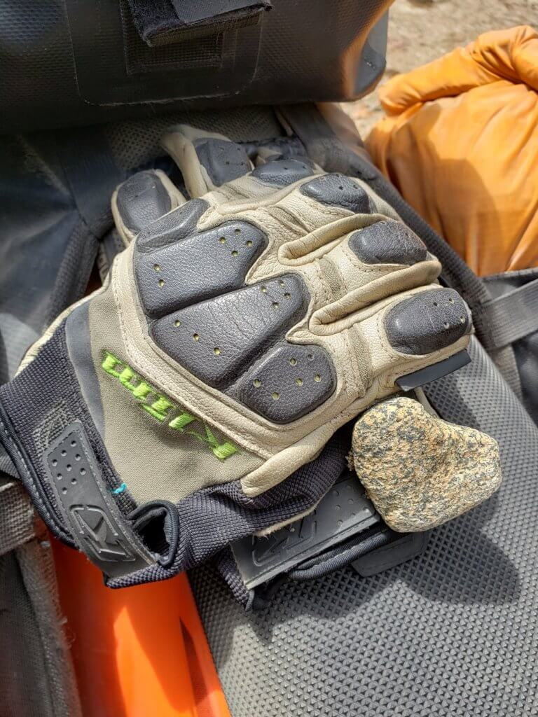 motorcycle gloves with heart rock