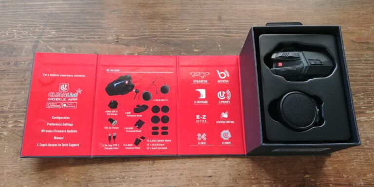 Uclear Motion 6 headset box